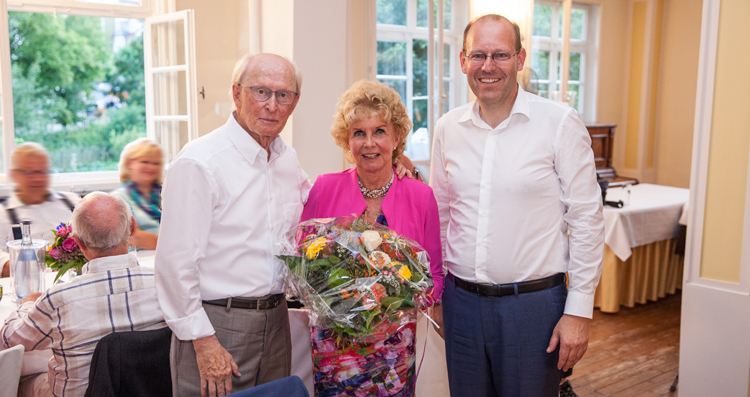 Prof. Jürgen Hubbert mit seiner Frau Jutta und OB Dr. Bernd Vöhringer